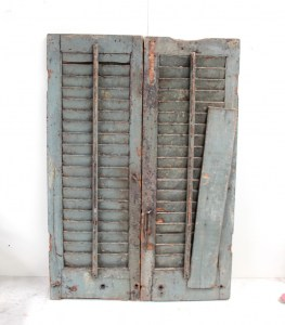 SH8a Vintage old shutters from India 2
