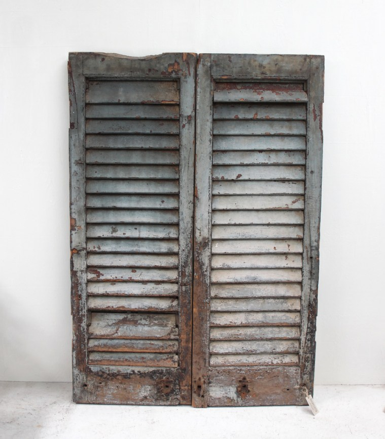 SH8a Vintage old shutters from India
